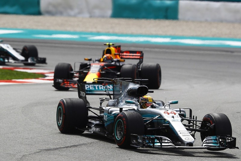 Lewis Hamilton has theories for solving Mercedes' Sepang struggle