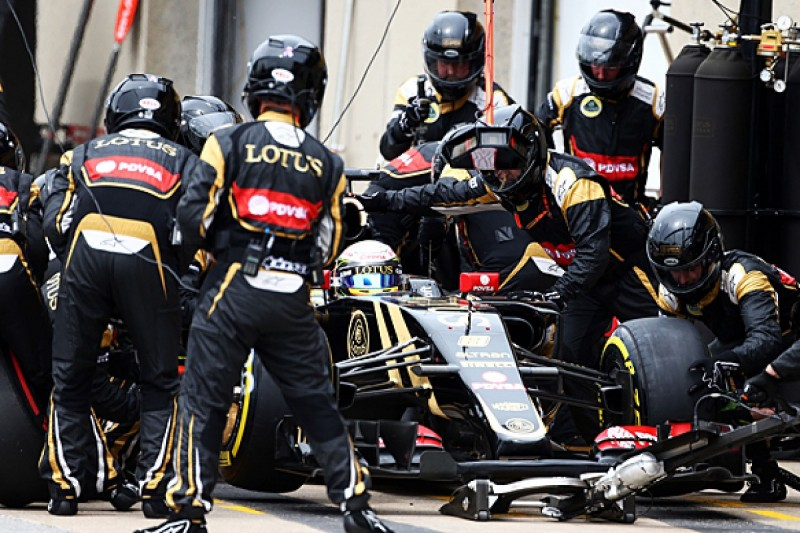 Renault F1 team 'starved of resources' at end of Lotus era - Bell