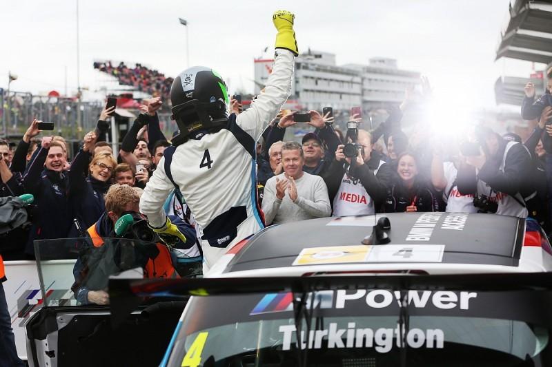 BTCC Brands Hatch: Turkington charge sets up title showdown