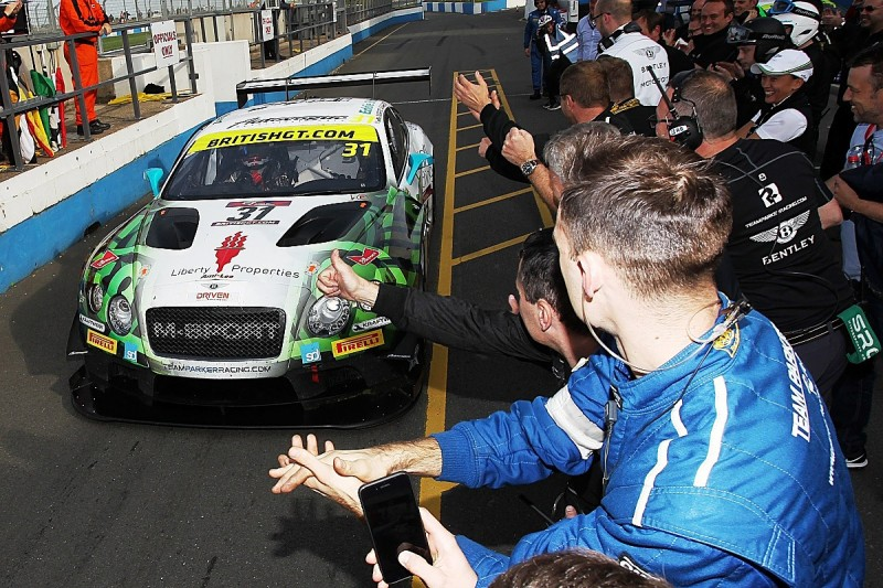 Parfitt and Morris secure Bentley its first British GT title