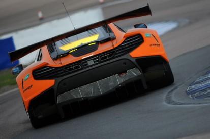 Struan Moore and Alex Fontana join McLaren GT Driver Academy