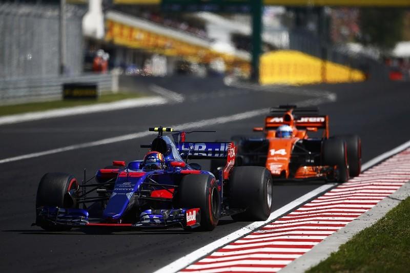 Honda will only harm Toro Rosso, says 1997 F1 champion Villeneuve