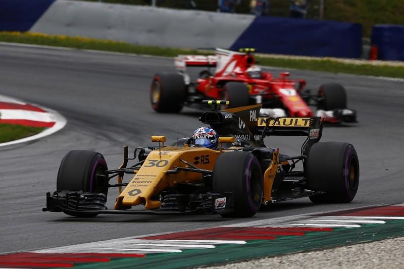 Sainz says Renault F1 team's 2017 progress gives him confidence