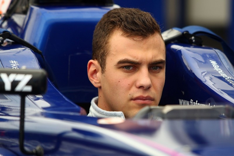 British F4 race winner DeFrancesco to contest F3 rounds with Carlin