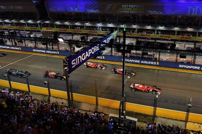 Villeneuve: Vettel brought Singapore GP crash on himself