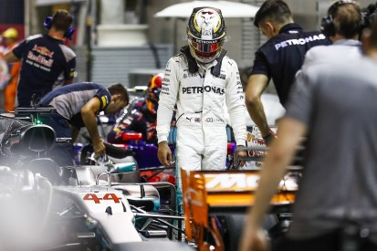 Lewis Hamilton hanging on for dear life in Singapore GP qualifying