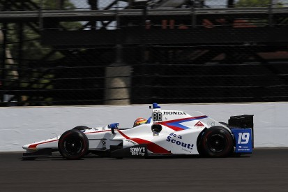 Ed Jones closing on deal to stay with DCR in IndyCar for 2018