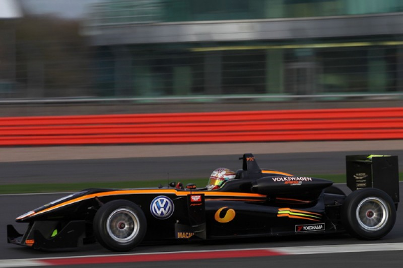 Raoul Hyman closing on 2016 European Formula 3 seat with Carlin