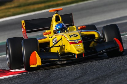 Jake Hughes tops Barcelona Formula 3.5 V8 test with Carlin