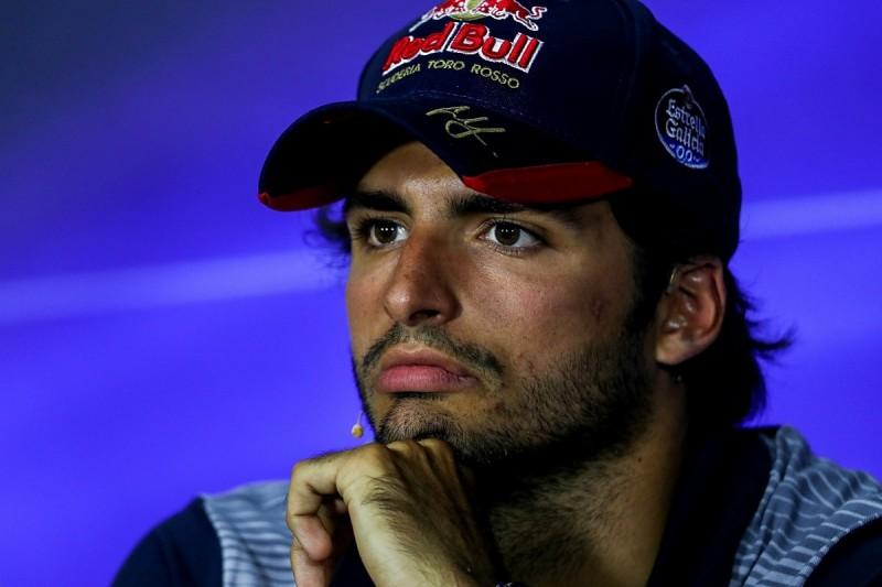 Carlos Sainz Jr calls for 'focus' amid F1 engine swap saga