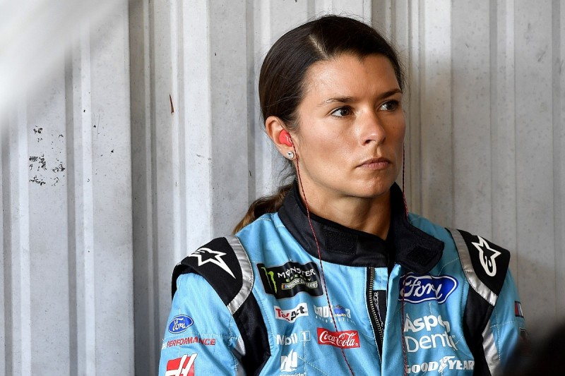 Danica Patrick loses Stewart-Haas NASCAR Cup seat for 2018