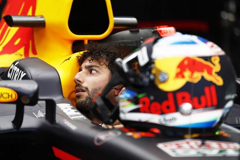 Daniel Ricciardo: Red Bull F1 team needs big 2018 step to keep me