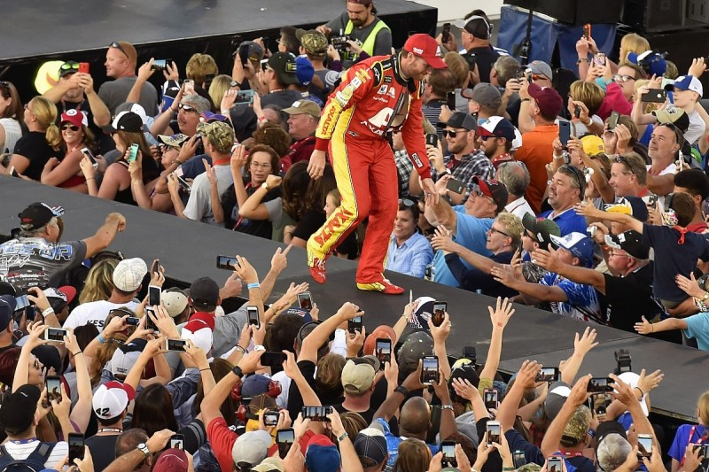 Dale Earnhardt Jr apologises to fans for missing NASCAR playoffs
