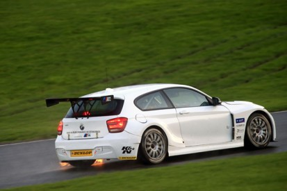 WSR becomes first BTCC team to test RWD car with full 2016 package