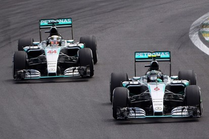 Nico Rosberg has given Lewis Hamilton 'an uncomfortable winter'