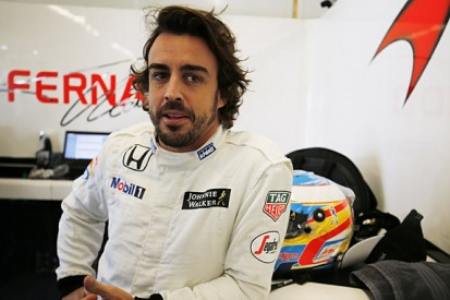 Fernando Alonso committed to racing for McLaren in F1 in 2016