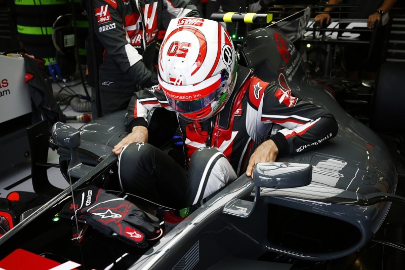 Haas gives Giovinazzi Singapore FP1 outing after Monza run scrapped