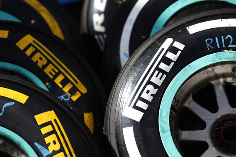 F1 teams to get more choice between Pirelli dry compounds in 2016