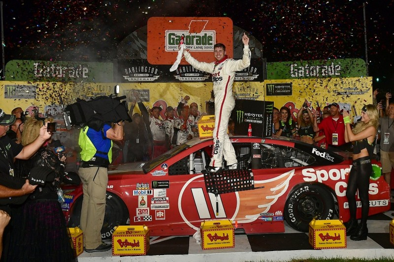 NASCAR Southern 500: Denny Hamlin wins at Darlington despite error