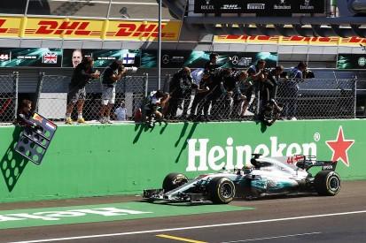 Lewis Hamilton wins Italian Grand Prix as Mercedes dominates