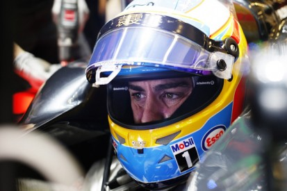 McLaren F1 driver Alonso puzzled by Dennis discussing sabbatical