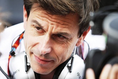 Mercedes warns of F1 'arms race' if rules queries aren't clarified