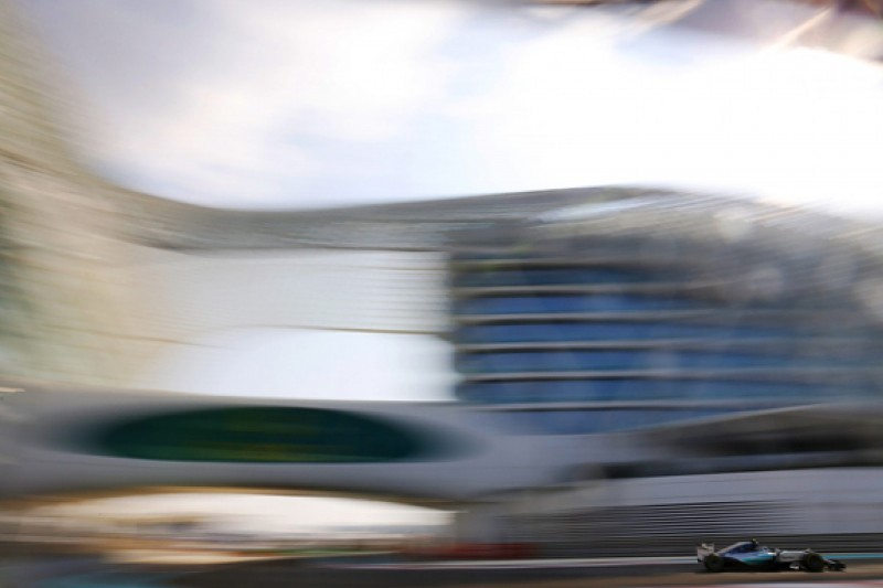 F1 Abu Dhabi GP: Mercedes' Rosberg stays on top in final practice