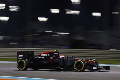 McLaren F1 drivers 'waiting' to be overtaken on straights