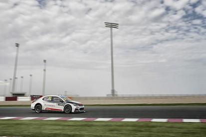 WTCC Qatar: Jose Maria Lopez takes pole for Citroen