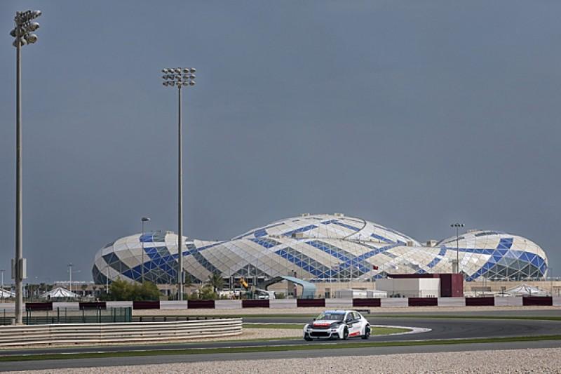 Qatar WTCC: Jose Maria Lopez leads Norbert Michelisz in test