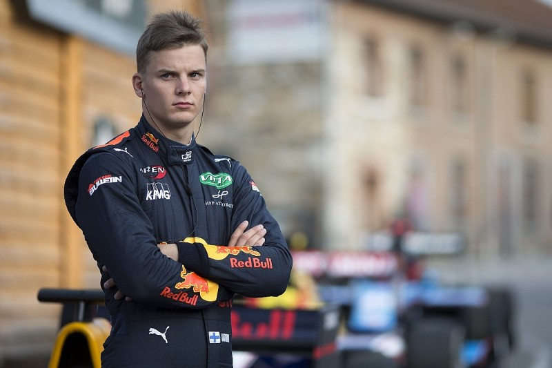 Red Bull to split with GP3 racer Niko Kari at end of 2017