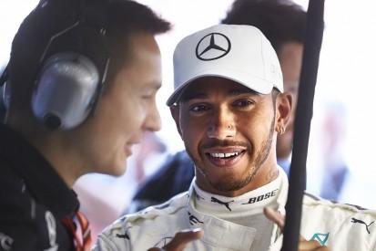 Mercedes Formula 1 team to delay Lewis Hamilton contract talks