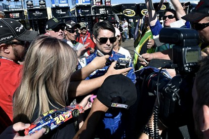 Jeff Gordon hopes to leave NASCAR Sprint Cup as 2015 champion
