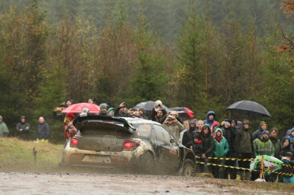 Citroen could cut its 2016 WRC programme to as little as six events