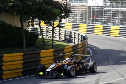F3 Macau GP: Carlin's Giovinazzi leads Rosenqvist in first practice