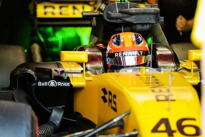 Renault F1 team wants more answers about Kubica before 2018 call