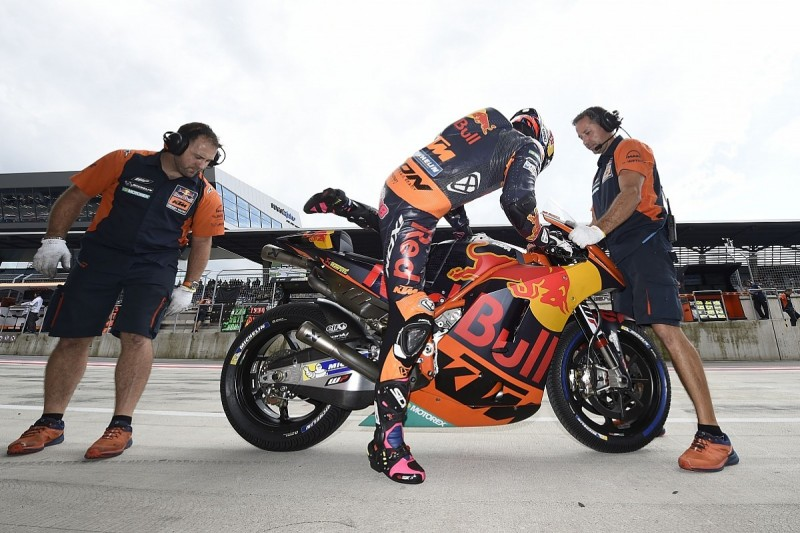 KTM changes Bradley Smith's crew chief for rest of MotoGP season