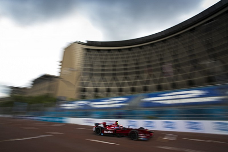 Putrajaya Formula E: Loic Duval leads practice for Dragon Racing
