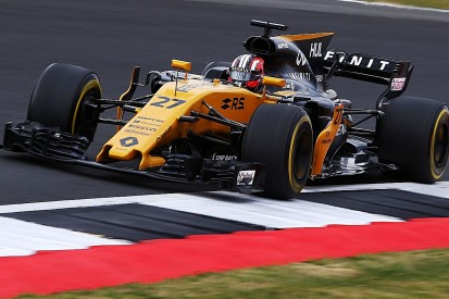 Renault paused development for 'drastic' change for its 2017 F1 car