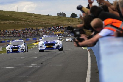 Knockhill BTCC: Ash Sutton takes win in second Subaru one-two