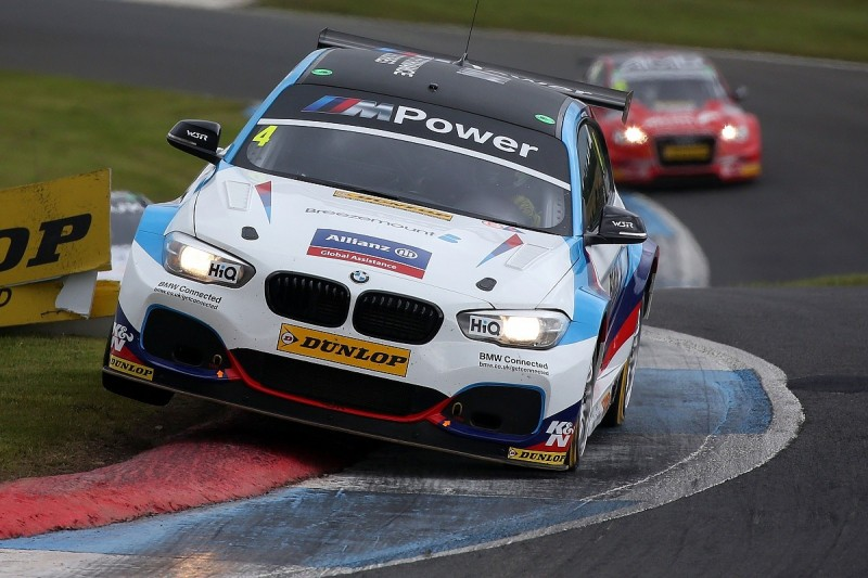 Knockhill BTCC: BMW's Colin Turkington set fastest time in practice