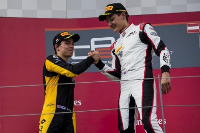 GP3 title fight between F1 juniors Russell and Aitken now 'level'