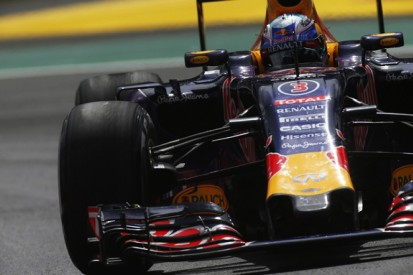 Red Bull 'right on the limit' for 2016 F1 season, Horner admits