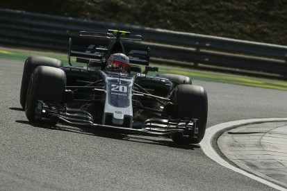 Hungarian GP: Magnussen angry that Hamilton 'always gets in the way'