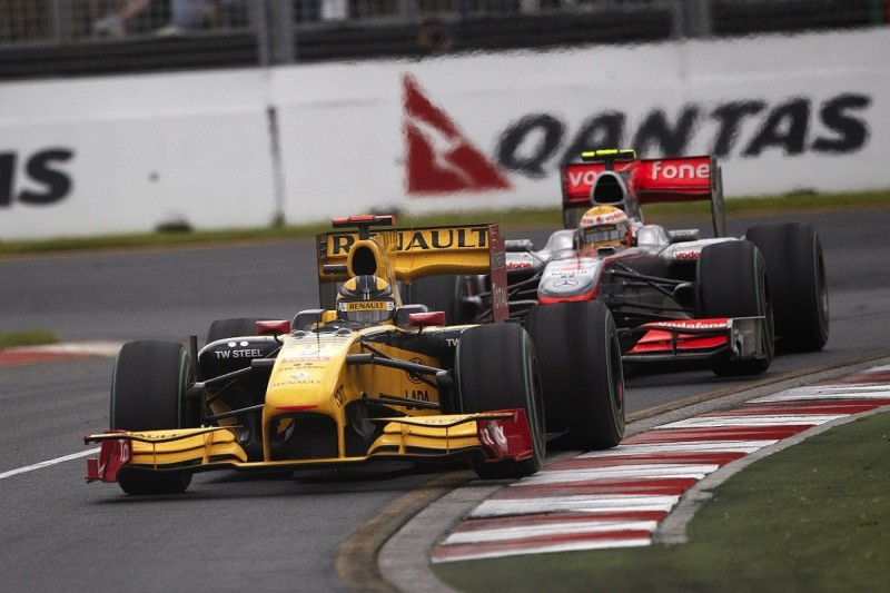 Lewis Hamilton wants 'special' Robert Kubica to race in F1 again