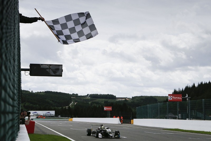 Spa European F3: Norris continues dominance with race one victory