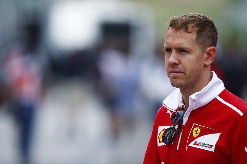 Sebastian Vettel in no rush to sign new Ferrari F1 deal