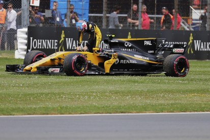 Renault Formula 1 team says there is no excuse for reliability woes