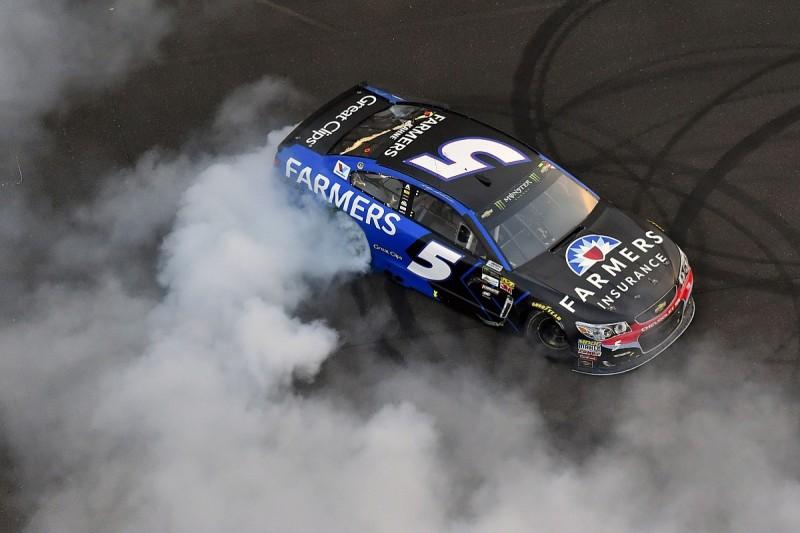 Hendrick driver Kasey Kahne wins eventful Indianapolis NASCAR race