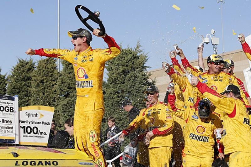 Kansas NASCAR: Joey Logano wins after collision with Matt Kenseth